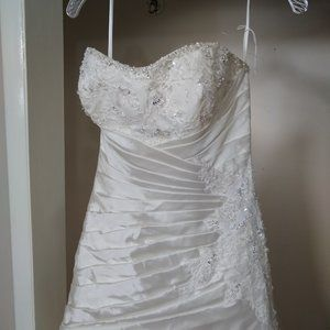 NWT Bonny Wedding Gown Size 6
